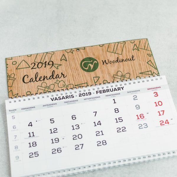Medinis sieninis kalendorius su spauda