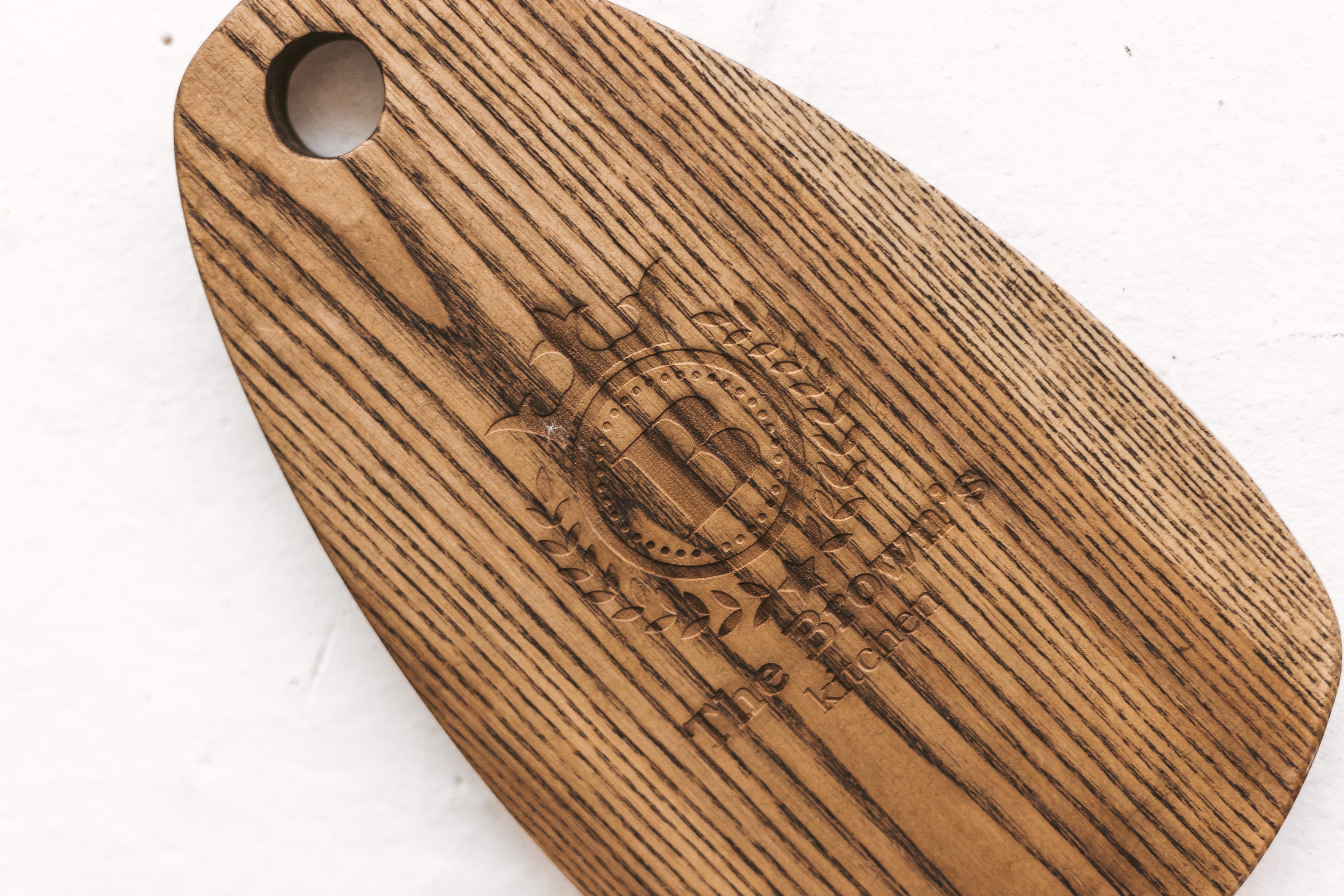 Pjaustymo lentelės - mediniai padėklai is kietmedžio